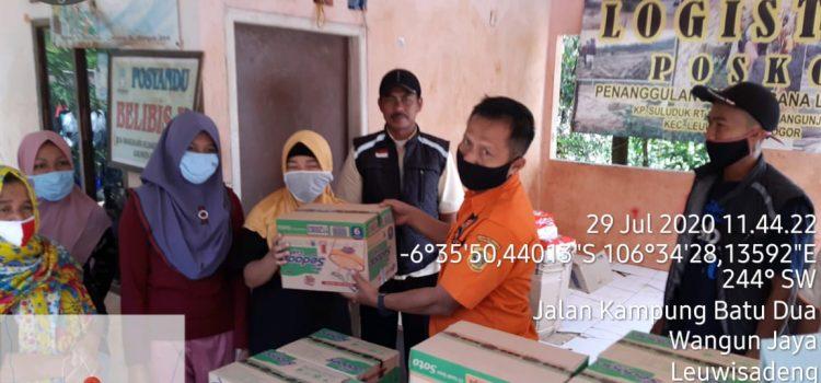 Distribusi Logistik Korban Terdampak Bencana Kecamatan Leuwisadeng