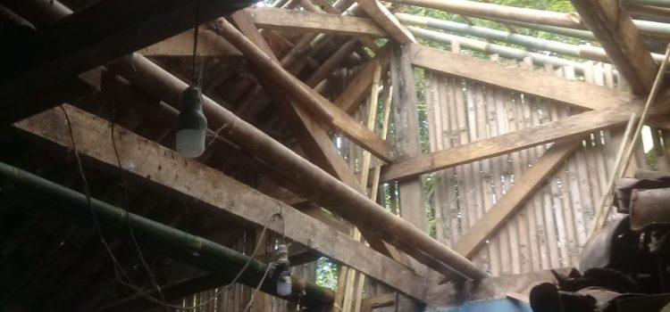 BPBD Kabupaten Bogor Tanggap Angin Kencang Kecamatan Cigombong Kabupaten Bogor
