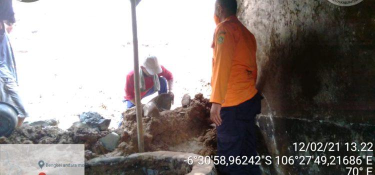 Tanah Longsor Kampung Lebakhuni Kecamatan Jasinga Kabupaten Bogor.