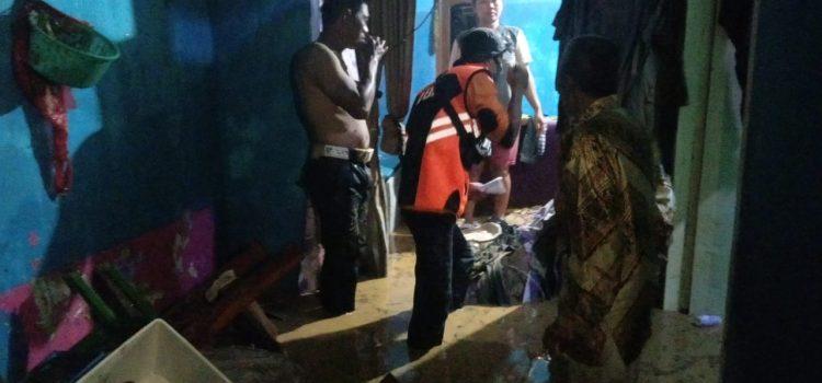 Banjir akibatkan hujan dengan intensitas tinggi di Kecamatan Cigudeg Kabupaten Bogor.